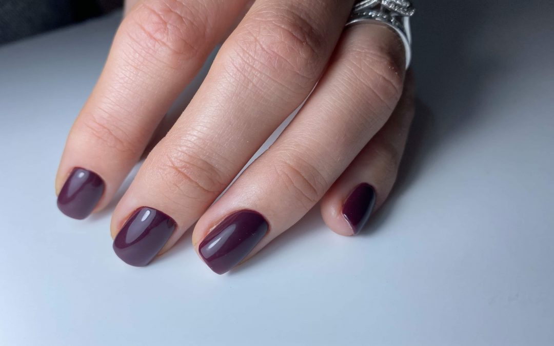 How to become a nail technician – 7 easy steps